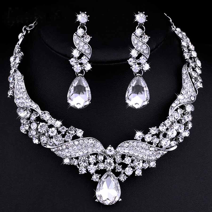 Jewelry Set necklace and drop earrings featuring Austrian crystals